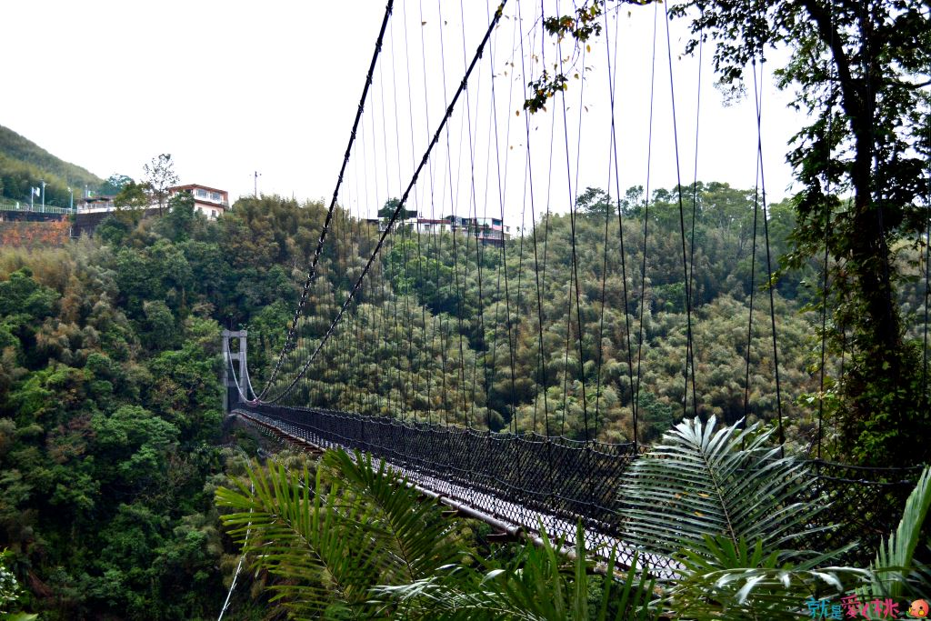 Yixing Suspension Bridge