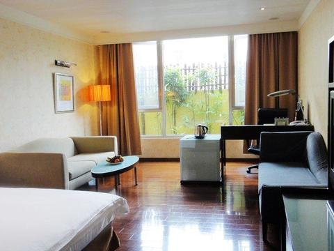Guilin Business Hotel (Jia Guilin )(2 Star)